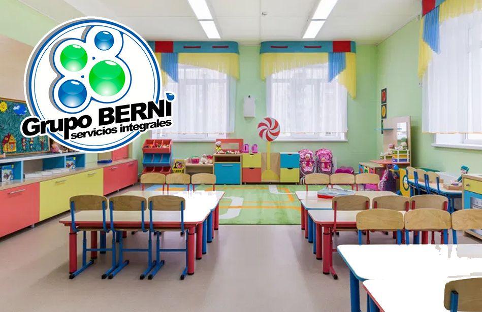Foto de Actividades de limpieza y desinfección en las escuelas, por